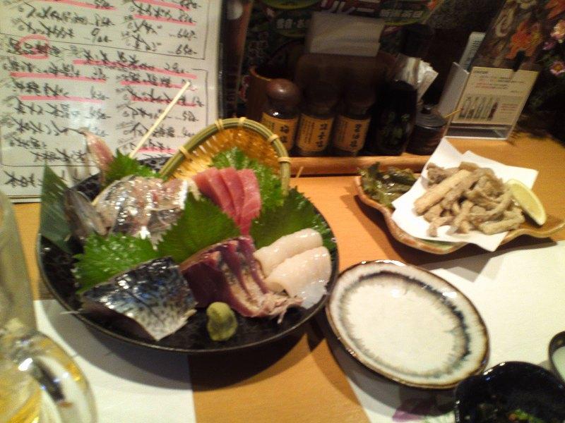 日本海庄やの刺身盛合わせとごぼうの天ぷら