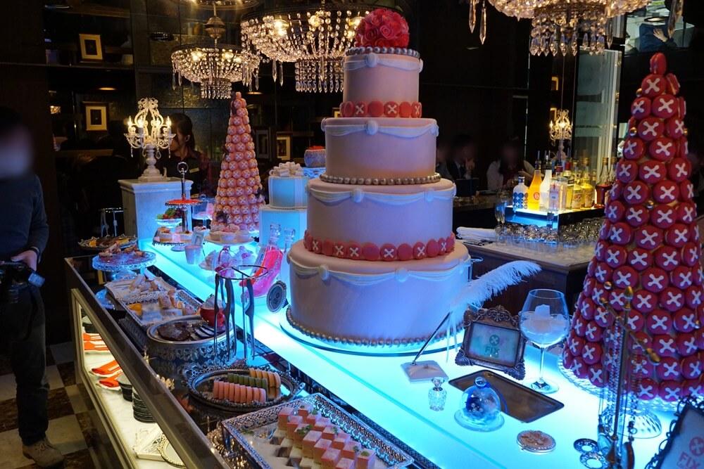どでかいケーキのオブジェ!