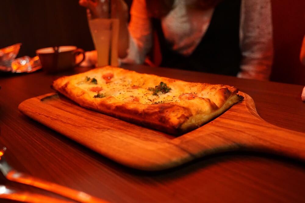 カルボナーラピザ!これすごいおいしかった。